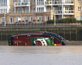 Operation to recover Thames Tug