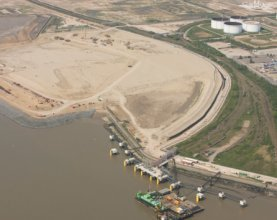 World's Largest Quay Cranes Set Sail for London Gateway