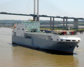 Cobelfret Ferries' vessel : maiden call on the Thames