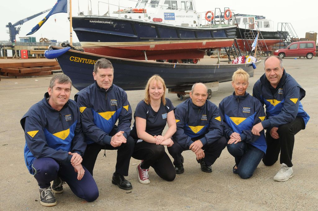 PLA rowers Derek Maynard, Dave Bird, Angela Jeffrey, Lee Walker, Jayne Stokes and Nigel Tate