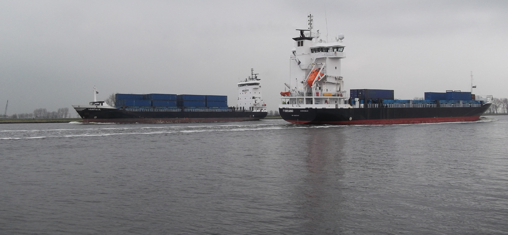 SCS-Multiport-and-Tilbury-Service-ships