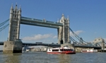 City Cruises vessels passing at Tower Bridge