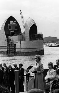 The Queen officially opening the £460 million Thames Barrier at Woolwich. (AP Photo by kind permission of the Press Association)