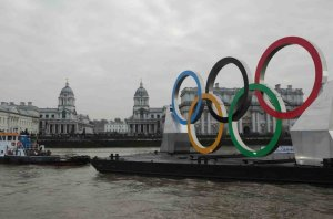 The Olympic Rings were on the river throughout the Olympics period (click on image to enlarge) (image courtesy of Livett's Launches