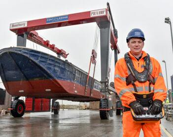 Powerful boatlift unveiled by Port of London Authority