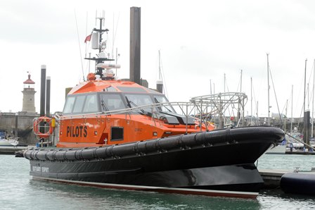 PLA joint venture invests £1.2 Million in new improved Thames pilot boat